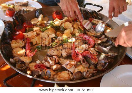 Seafood Serving