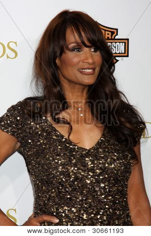 LOS ANGELES - FEB 14:  Beverly Johnson arrives at the