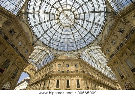 vitorio emanuelle galeries at milan, italy