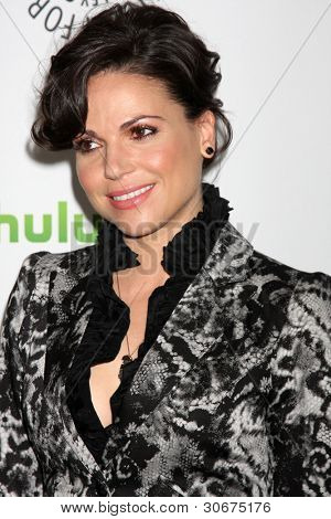 LOS ANGELES - MAR 4:  Lana Parrilla arrives at the