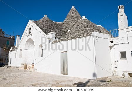 Sovereign trullo. Alberobello. Puglia. Italy.