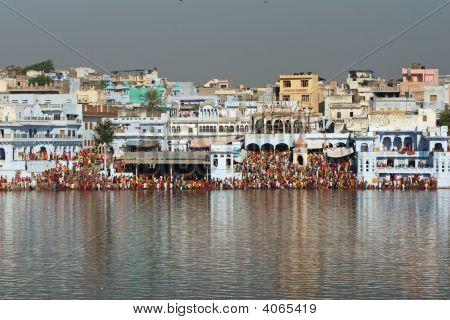 Pilgrims At Pushkar Sacred Lake In India