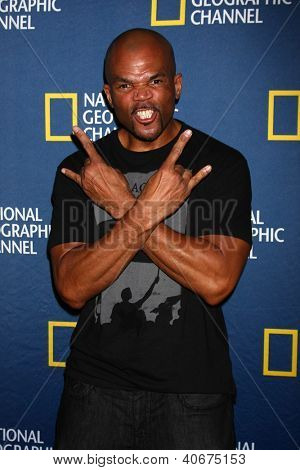 LOS ANGELES - JAN 3:  Darryl McDaniels, aka DMC arrives at the National Geographic Channels'