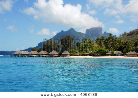 Borabora Beach And Overwater Bungalows