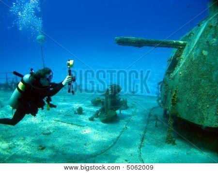 Underwater Photographer Shooting Mv Tibbetts