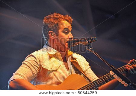 Easton Corbin Performing Waterloo, Ia