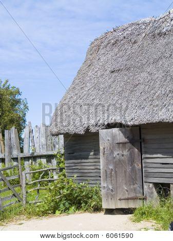 Colonial Hut