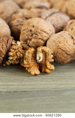 Walnut Halves