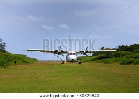 Propeller plane lands on historic airstrip on remote Pacific Island