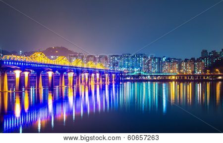 Han river in Seoul