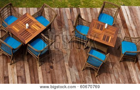 table with chair in the green garden