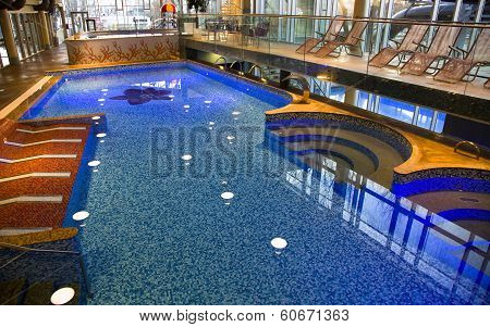 Swimming-pool with clean, transparent water