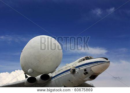 Plane-tank