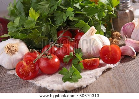 tomato,persil and garlic