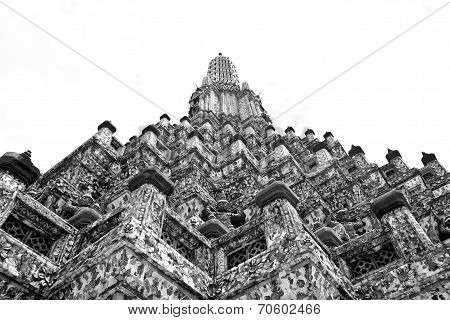 Black And White Uprisen Angle Of Phra Prang