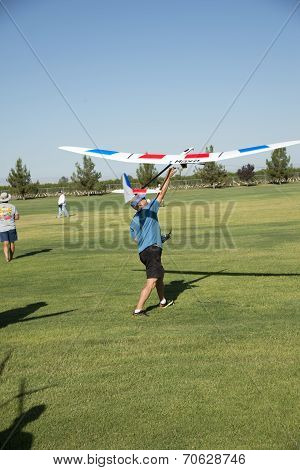 Launching RC Sailplane