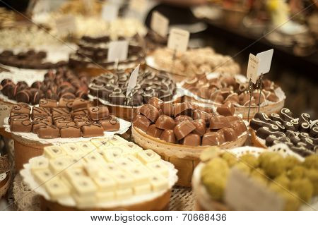 Large counter with chocolate candies