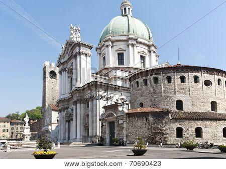 Classic italian square