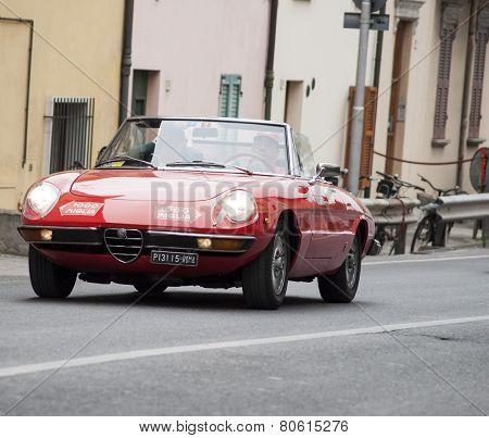 OLB CAR Alfa romeo DUETTO spaider MILLE MIGLIA 2014
