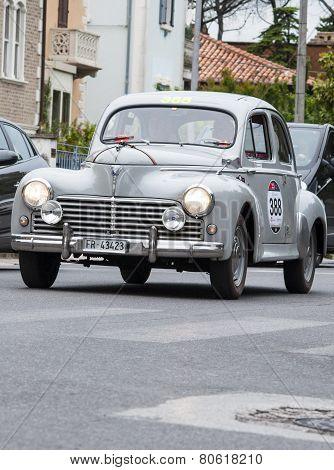 old car Peugeout 203 Limousine 1955 mille miglia 2014