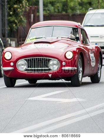 old car Berlinetta 1953 di FIAT 8V mille miglia 2014