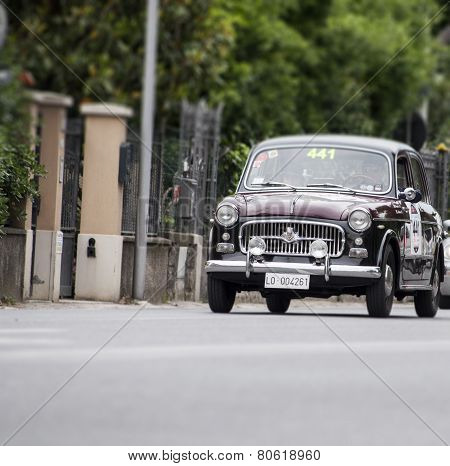 old car FIAT 1100/103 di berlina 1957 mille miglia 2014
