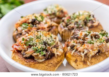 Stuffed Mushrooms with Cheese and Smoked Bacon