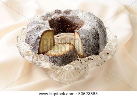 Cocoa Gugelhupf With Powdered Sugar