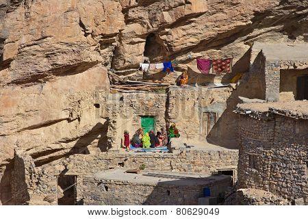Jebel Akhdar Cliff Hamlet