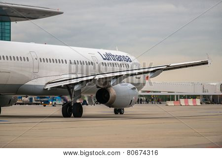 Budapest, Hungary - March 5 - Lufthansa Airbus A319 Taxiing To The Gate After Landing At Budapest, M