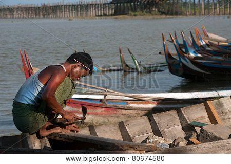 Male Repair Traditional Boat.