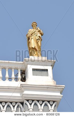 St. Peter Gold Statuary Monument