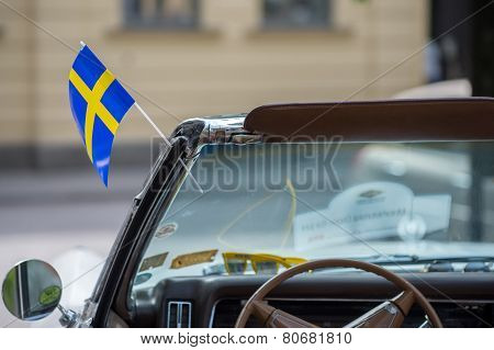 Cadillac de Ville with Swedish flag