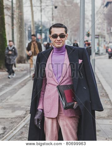 People Outside Gucci Fashion Show Building For Milan Men's Fashion Week 2015