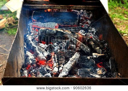The coals in the grill