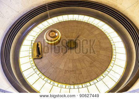 Foucault Pendulum In Griffith Park Observatory