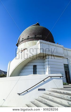 LOS ANGELES, USA - AUG 4, 2013: people visit the observatory in Griffith park