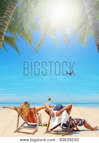 Couple of tourists on the tropical beach in Thailand - Travel concept