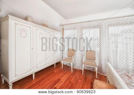 Worterobe in elegant bedroom