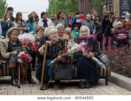 Donetsk - May 9, 2015: Women - Witnesses Of World War