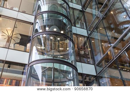 Glass Elevator  In Shopping Mall 'europassage' In Hamburg, Germany