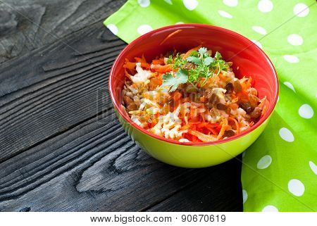 Salad With Fresh Carrots, Apples And Raisins