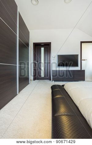 Spacious Room In Luxury Residence