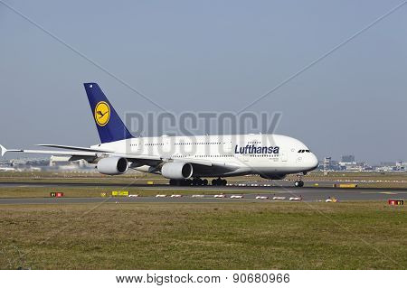 Frankfurt International Airport - Airbus A380 Of Lufthansa Takes Off