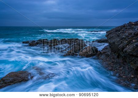 Waves And Rocks In The Pacific Ocean At Table Rock Beach, In Laguna Beach, California.