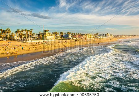 Waves In The Pacific Ocean And View Of The Beach From The Fishing Pier, In Imperial Beach, Californi