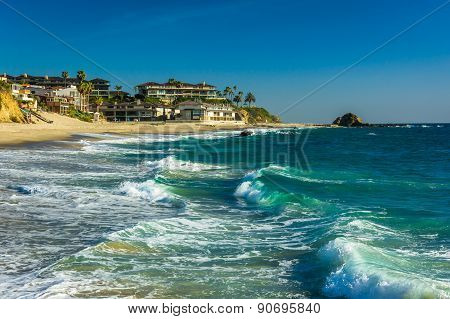 Waves In The Pacific Ocean At Victoria Beach, In Laguna Beach, California.