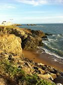 pic of scum  - Photography of a coast along ocean in summer - JPG