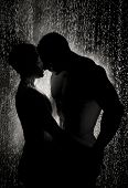 image of rain  - loving couple in the rain - JPG