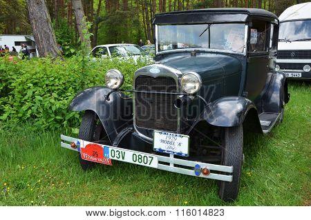 Vintage Car Ford